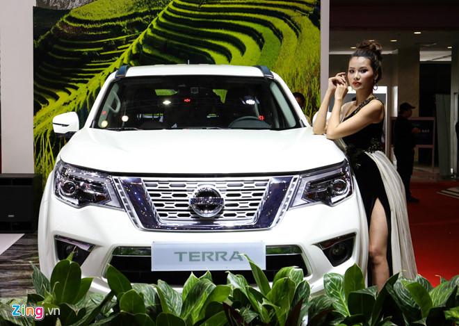 Nissan Terra làm nóng phân khúc SUV 7 chỗ