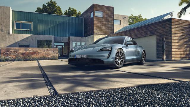 Porsche chính thức giới thiệu bản