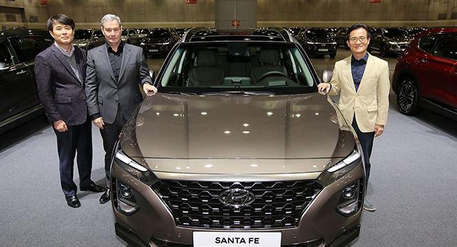Hyundai Santa Fe 2019 có giá khởi điểm từ hơn 26.000 USD