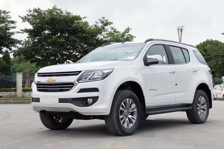 Chevrolet Trailblazer xả hàng giảm sốc hơn 400 triệu đồng, giá hạ còn chưa tới 700 triệu: Đại lý loạn giá, dân tình đổ xô lùng mua xe khắp các tỉnh thành